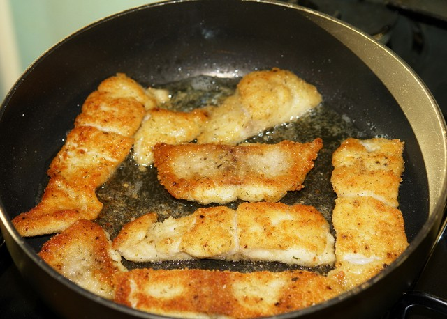 треска в кляре на сковороде рецепт с фото пошагово