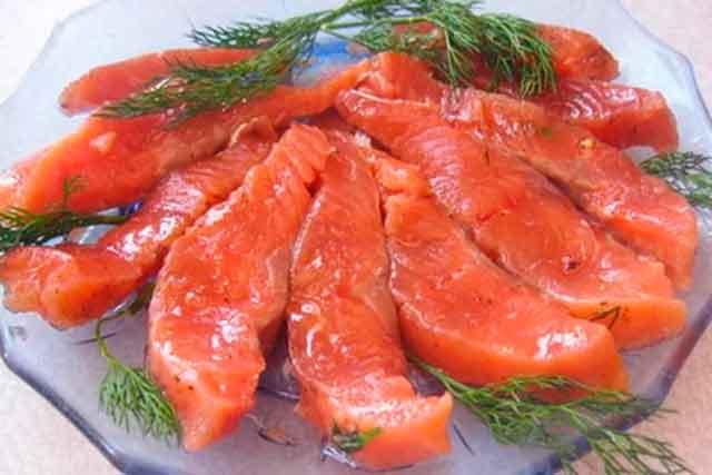 Рецепт: Засолка красной рыбы в домашних условиях на